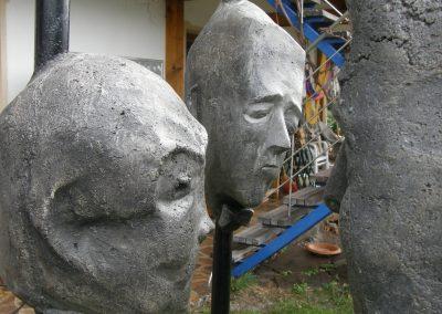 """talking heads"" Steinguss, Stahl, H/B/T  ca. 190/60/60 cm,  2010"